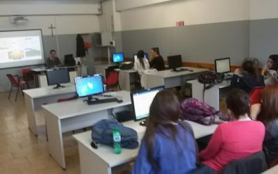 Designing Thematic Maps and 3-D Models at Italian school